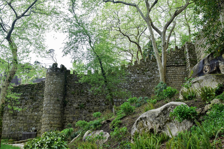 Walls of the Castelo dos Mouros